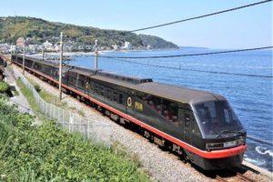 伊豆急行2100系「リゾート21・黒船電車」。【画像:伊豆急行・伊豆急ケーブルネットワーク】